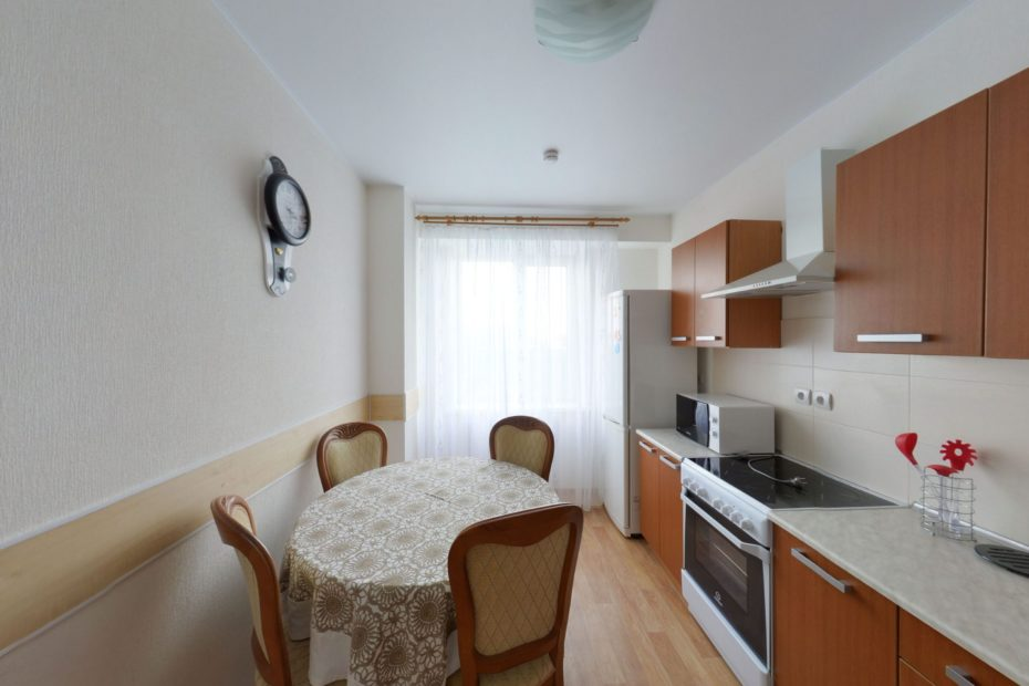 Virtual Tour. 2-bedroom apartment for rent in Khabarovsk city of Russia.