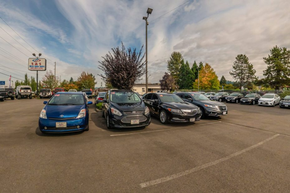 S&S Best Auto Sales - Auto Dealer In Auburn. Auto Dealer - Sedan, SUV - Audi, Cadillac, Mazda, Ford, Suzuki, Chevrolet, Honda, GMC.