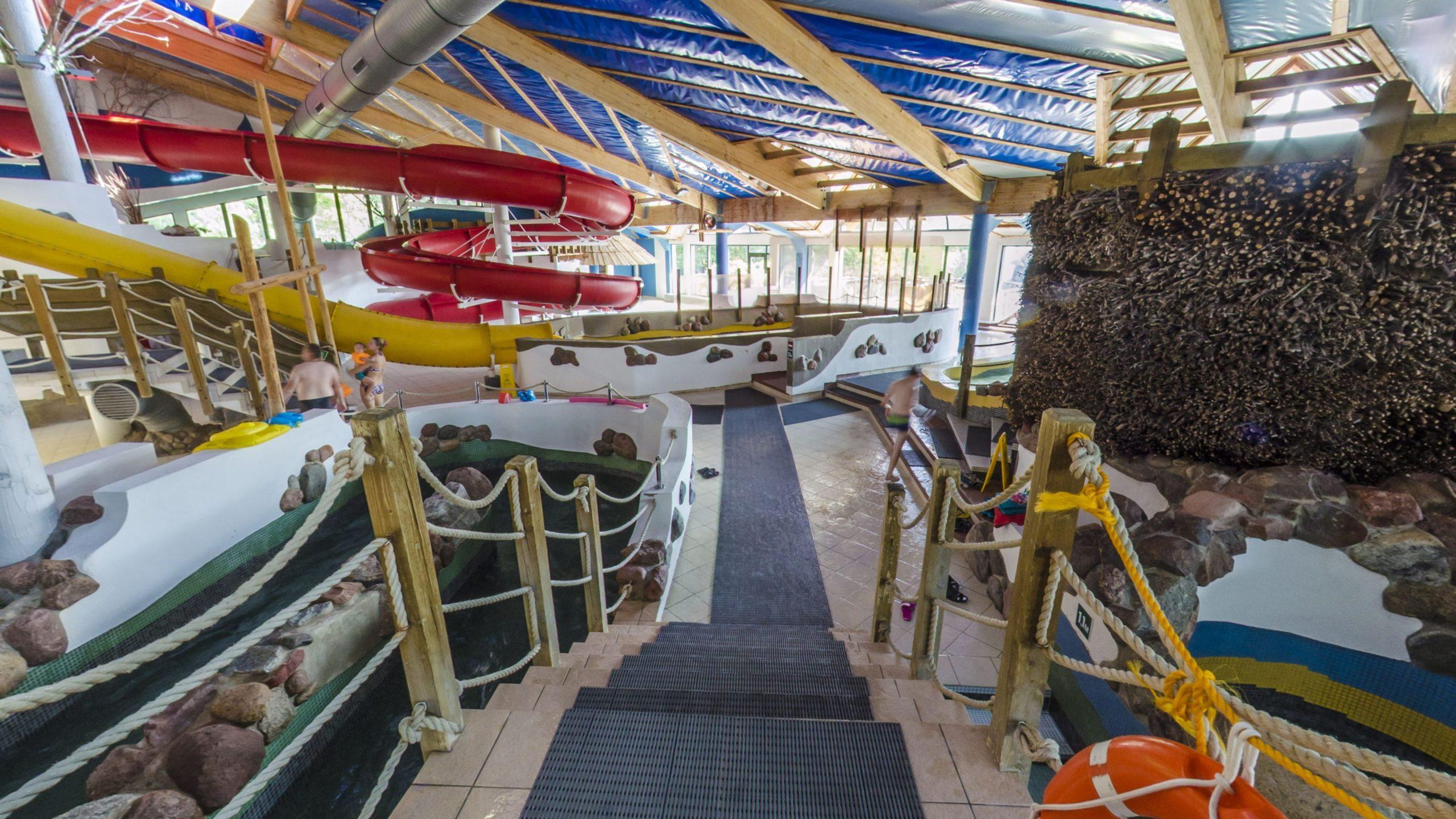 Virtual Tour of the Waterpark in Olsztyn, Poland.
